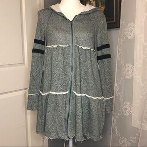 🌵White Birch Green SZ M Oversized Zip Up Sweater